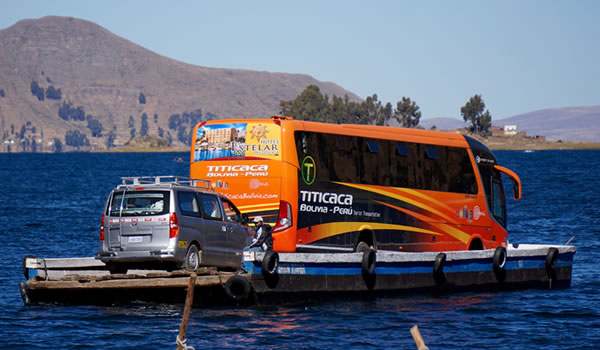 Bus Puno – Copacabana – La Paz <span>departure am / pm</span>